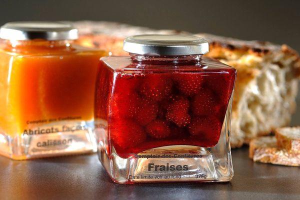 Fruit de saison, la fraise est l'un des fruits de prédilection des amateurs de confiture.