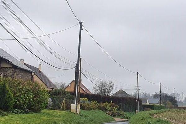 Dans la zone de Saint Helène de Bondeville entre Fécamp et Valmont beaucoup de familles n'ont pas de box Internet.