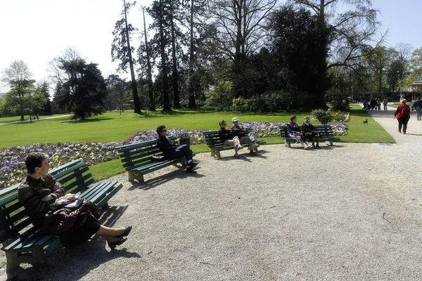 En Auvergne-Rhône-Alpes, comme partout en France, la réouverture des parcs et jardins, est conditionnée à la couleur des départements.