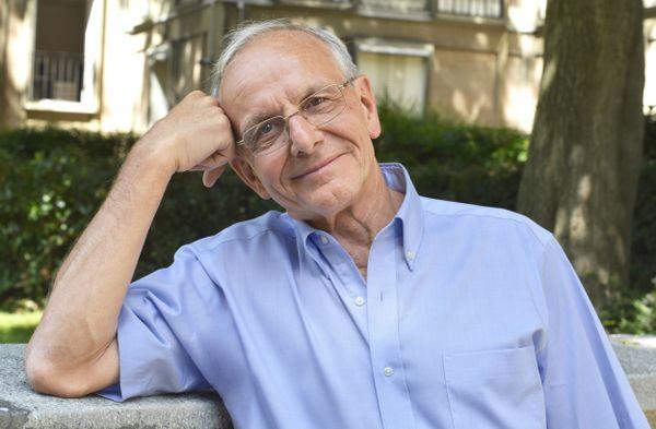 Axel Kahn, scientifique, généticien et essayiste, est à la tête de la Ligue contre le Cancer