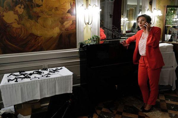 Toulouse - Les résultats connus, Carole Delga a reçu un coup de téléphone du Premier ministre Jean Castex pour la féliciter pour sa large victoire - 27 juin 2021.