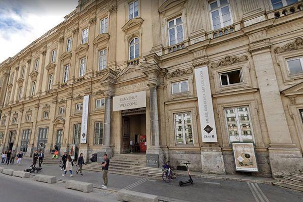 """L'exposition """"Picasso. Baigneuses et Baigneurs"""" sera présentée au public du 15 juillet au 3 janvier au musée des Beaux-arts de Lyon."""
