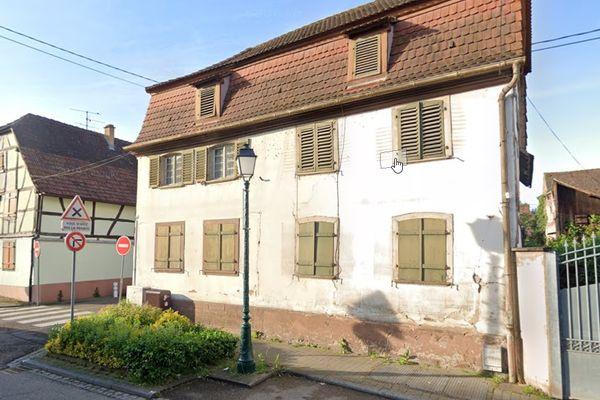 La maison alsacienne située à l'angle de la rue du Général Duport et de la rue des Pêcheurs est sauvée.