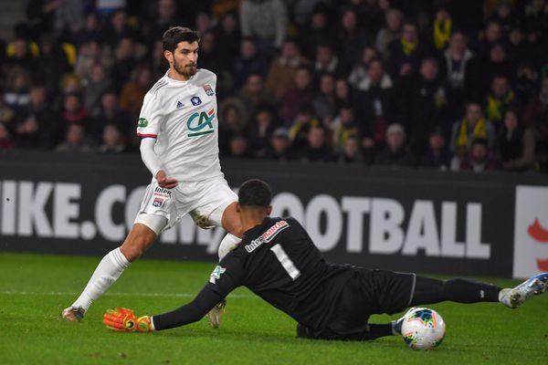 En provenance de Lyon, Martin Terrier signe à Rennes pour 5 ans.