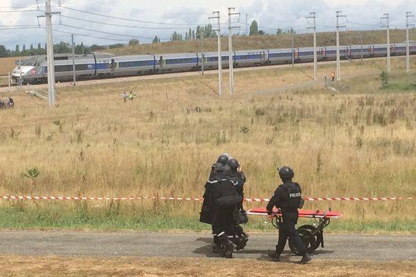 La simulation d'attentat dans un TGV a mobilisé 600 personnes mercredi dans la Sarthe.