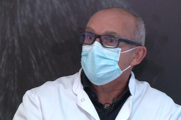 Le Dr Marty, généraliste à Fronton, estime que l'Assurance Maladie aurait du gérer elle-même la prise de rendez-vous pour la vaccination anti Covid