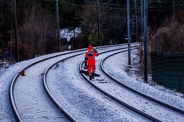 Le trafic SNCF est perturbé en raison de la neige mardi 29 décembre en Auvergne. (Photo d'illustration)