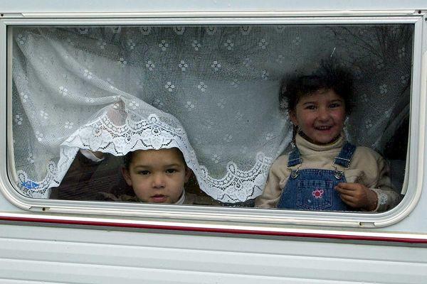 200 familles de Voyageurs ont des difficultés de stationnement et de scolarisation de leurs enfants à Nantes