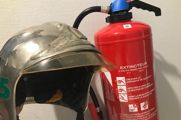 Dans l'Ain, des malfaiteurs tentent de se faire passer pour des sapeurs-pompiers devant vérifier l'état de vos extincteurs. Gare à l'arnaque