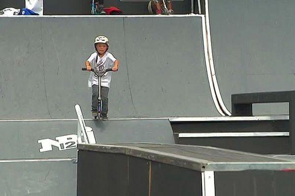 Montpellier - Sacha Artigau, un jeune rider trottinette de 7 ans - mai 2018.