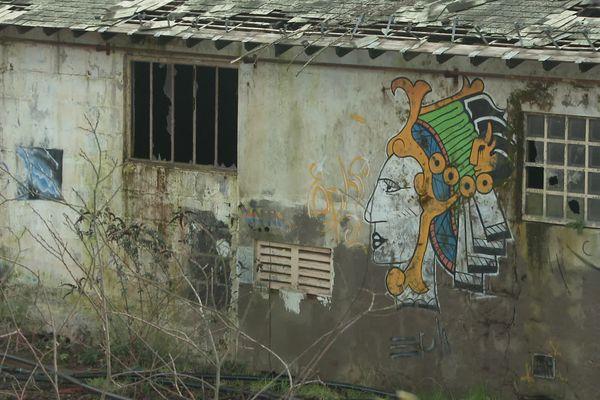 Une ancienne usine sur le site de La Possonnière dans le Maine-et-Loire
