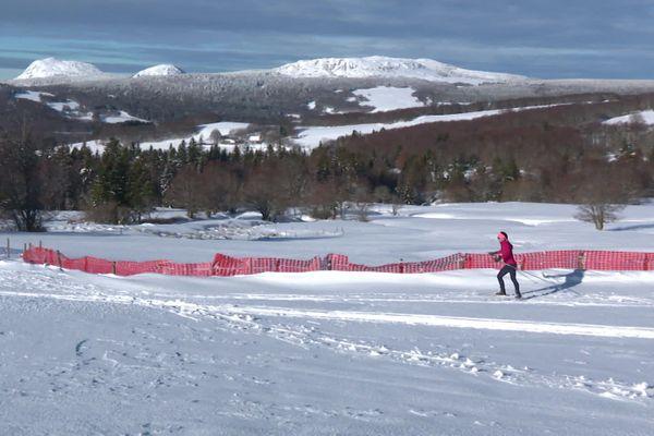 Au départ des pistes de la station de ski de fond de Sainte-Eulalie