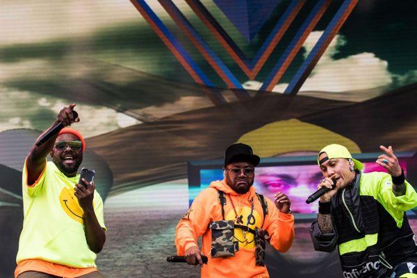Les Black Eyed Peas ont mis le feu hier soir