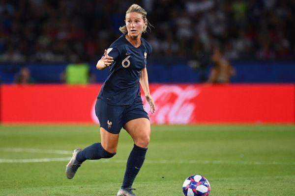 Amandine Henry, lors des quarts de finale de la Coupe du monde, contre les USA.