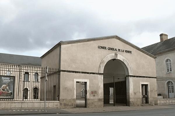 Qui va succéder à Bruno Retailleau au Conseil Général de Vendée ?