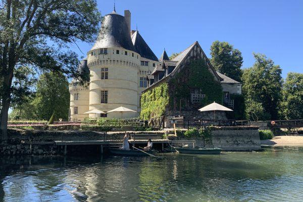 Balades en barque au château de l'Islette (37)