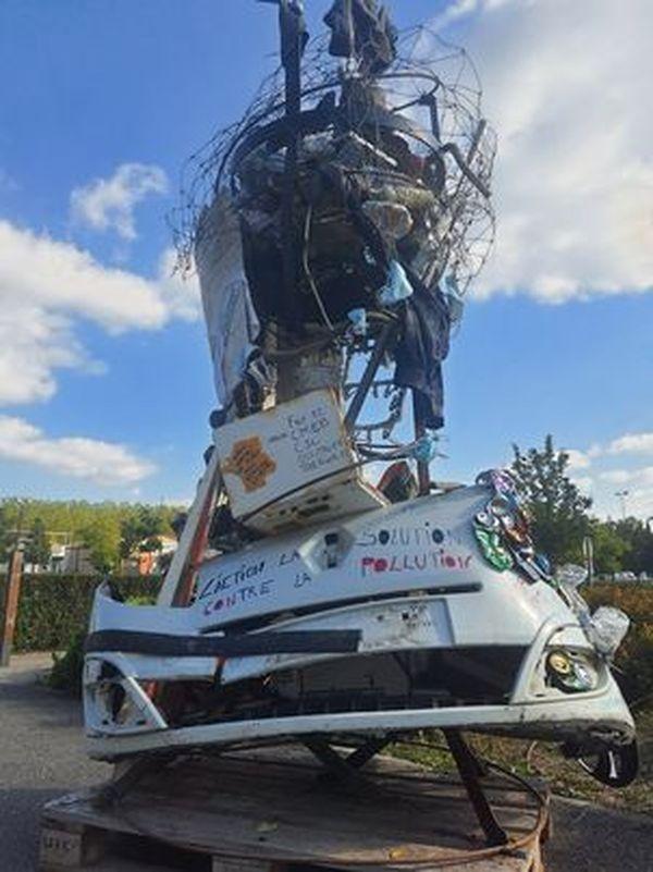 Une sculpture installée à Sapiac