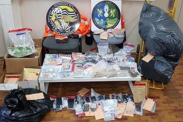 Les saisies de drogue et de numéraires à l'issue de l'enquête judiciaire