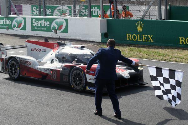 La Toyota n°8 du Toyota Gazoo Racing a remporté la 88ème édition de la course d'endurance.