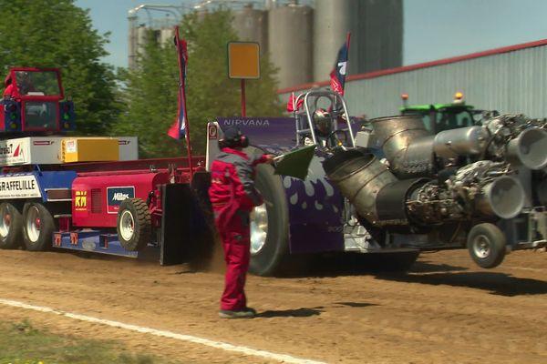 36ème édition du tracteur pulling à Bernay