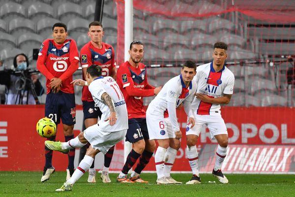 Les défenseurs lillois ont souffert face aux attaquants parisiens.