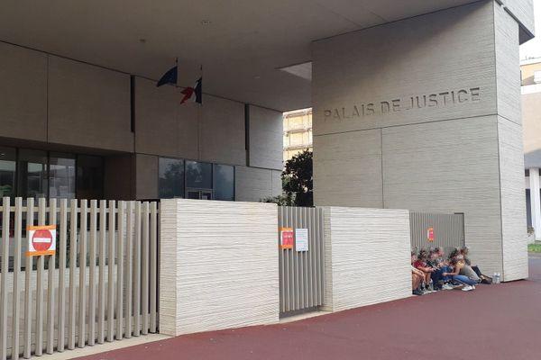 Béziers (Hérault) - le palais de justice - 2020.
