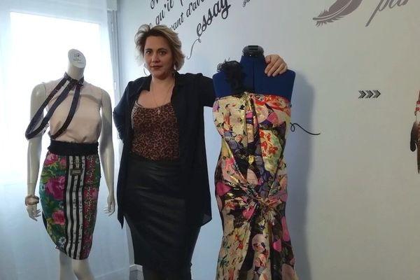 Audrey Houdet, présidente de l'atelier Këysha Création nous présente deux confections sur-mesure