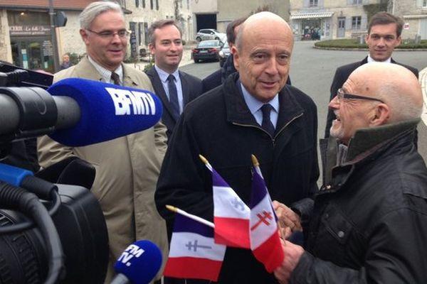 Alain Juppé en visite à Colombey-les-Deux-Églises