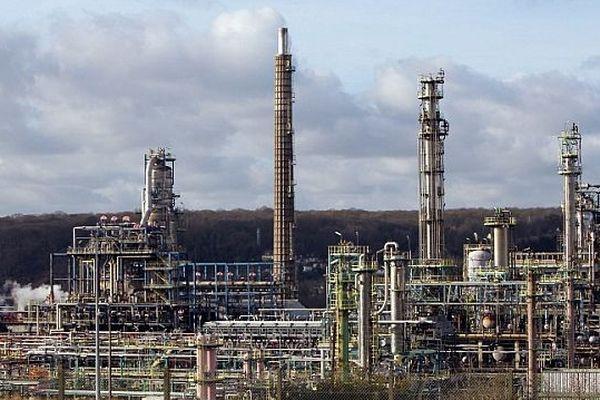 La raffinerie Pétroplus de Petit-Couronne (Seine-maritime) en janvier 2012