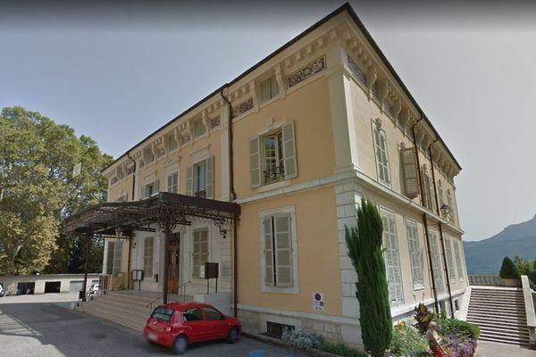 La mairie de Tullins Fures, en Isère.
