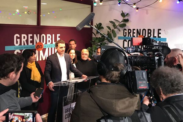 Le maire sortant (EELV) Eric Piolle est donné en tête de notre sondage au 1er tour des élections municipales à Grenoble.