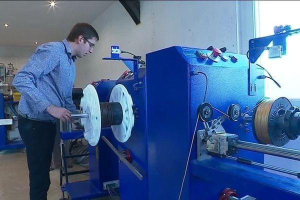 Florent Port est ingénieur dans le domaine des plastiques. Il a crée son entreprise au Pays de Caux