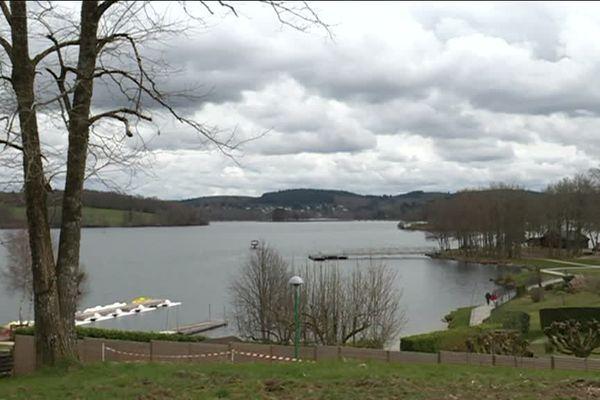 Le moi de mai s'annonce prometteur pour les commerces autour du lac.