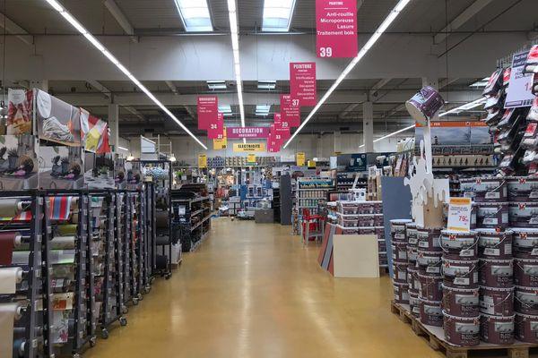 Pas de bricolages pour les particuliers, seuls les professionnels ont accès aux magasins spécialisés.