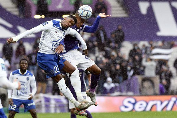 Le TFC fait match nul 0-0 face à Troyes en ligue 2