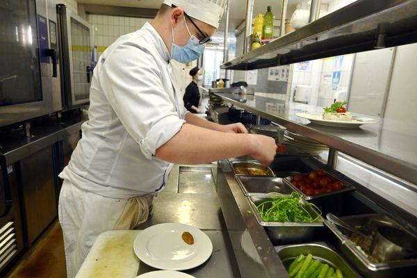 """Une quinzaine de restaurateurs d'Angoulême cuisinent des légumes déclassés ou issus de surplus de production grâce à la plateforme """"Le potager d'à côté"""". (Photo d'illustration)"""