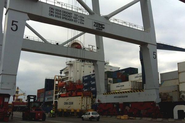 Le port de Dunkerque, le 9 janvier 2012.