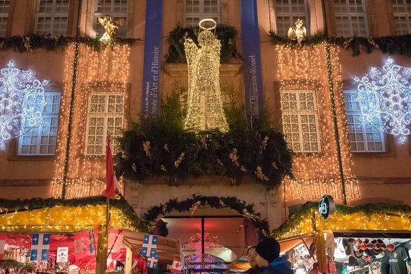 Le marché de Noël de Montbéliard rassemble environ 450 000 visiteurs chaque année.