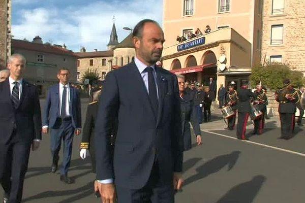 Le Malzieu (Lozère) - Edouard Philippe lors de la cérémonie en hommage à Augustin Trébuchon, le Lozérien dernier poilu mort au combat - 26 octobre 2018.
