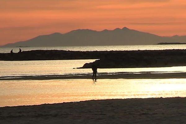 Le Canigou visible depuis la plage de Palavas - 25 décembre 2016