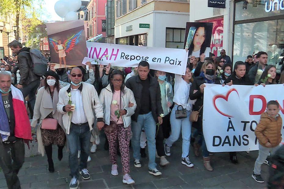 Harcèlement scolaire : 1.500 personnes à Mulhouse lors de la marche blanche en hommage à Dinah