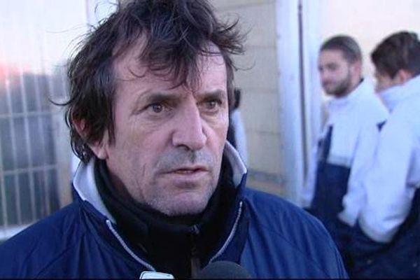 José Pasqualetti sera resté entraîneur du Nîmes Olympique de juin 2014 à novembre 2015