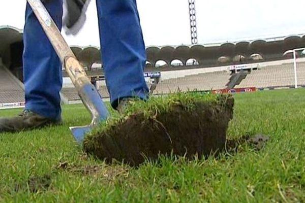 Un expert s'est penché sur la pelouse du stade Chaban-Delmas lundi