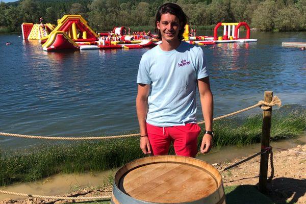 Théo Gonzalez, 22 ans, gérant du Grand Bleu Wake Park à Pont-à-Mousson (54)