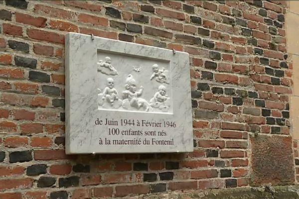La plaque qui doit être inaugurée ce 7 juin au château de Fontenil rappelle que les lieux ont servi de maternité durant la guerre