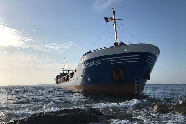 Le cargo s'est échoué dimanche à Bonifacio.