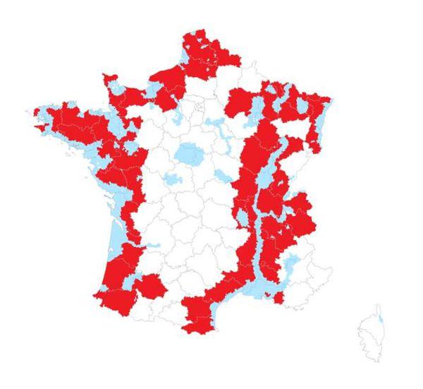 Les zones déjà placées sous surveillance (en bleu sur la carte) sont complétées par les zones en rouge.