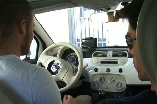 Un candidat qui a choisi de passer le permis de conduire low cost à Saint-Clément-de-Rivière dans l'Hérault