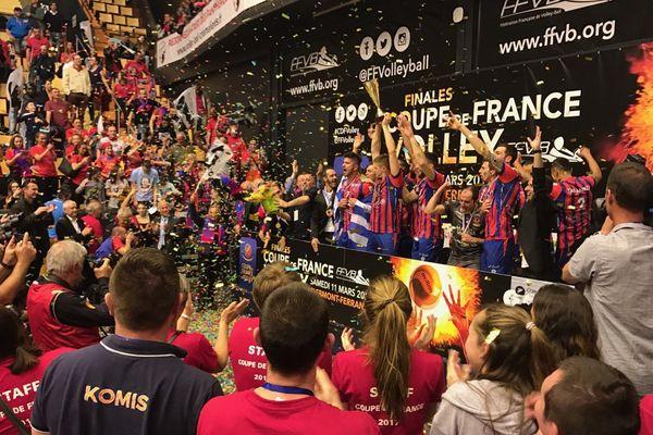 Le GFCA Volley-ball remporte un succès historique en gagnant deux fois d'affilée la Coupe de France.