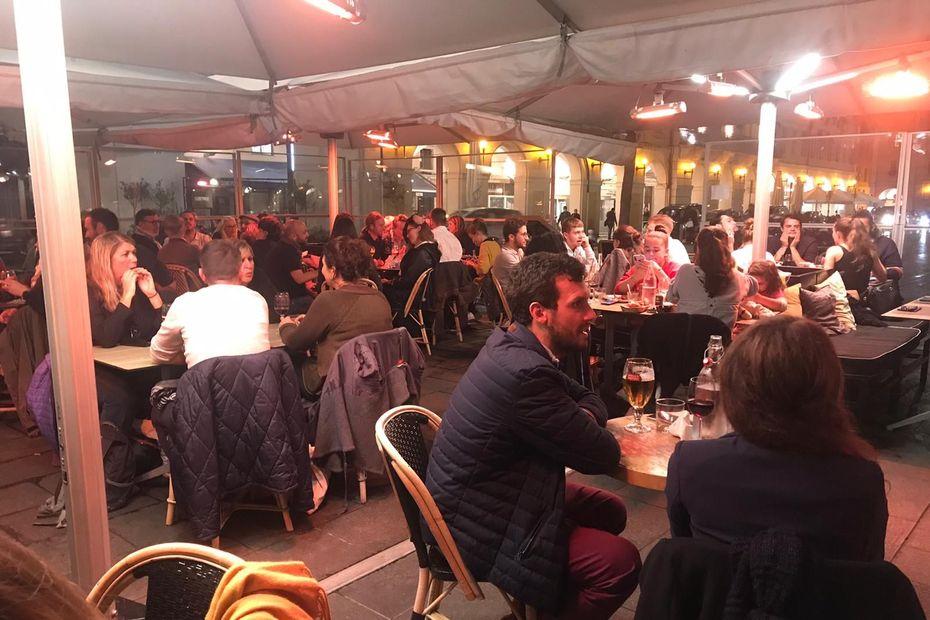 PHOTOS. À Nice, les fêtards ont profité de leur dernière soirée avant le couvre-feu